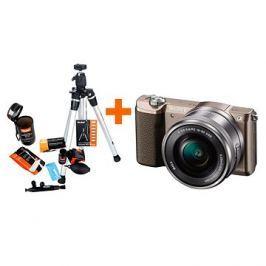 Sony Alpha A5100 hnědý + objektiv 16-50mm + Rollei Starter Kit