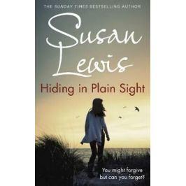 Hiding in Plain Sight - Susan Lewisová