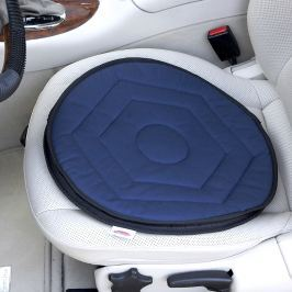 Otočný polštář do auta